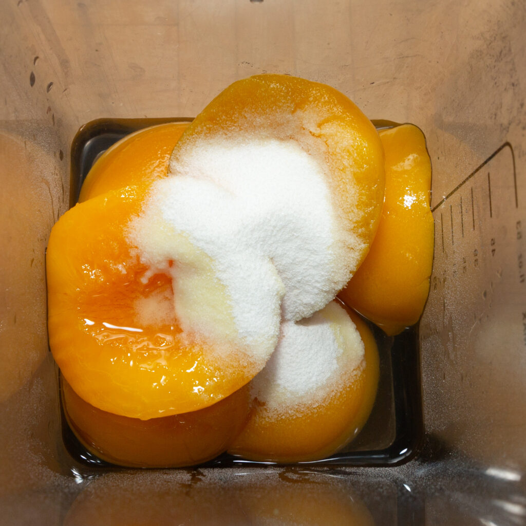 For the peach ice cream, mix the peaches with the drained water and the remaining ingredients.
