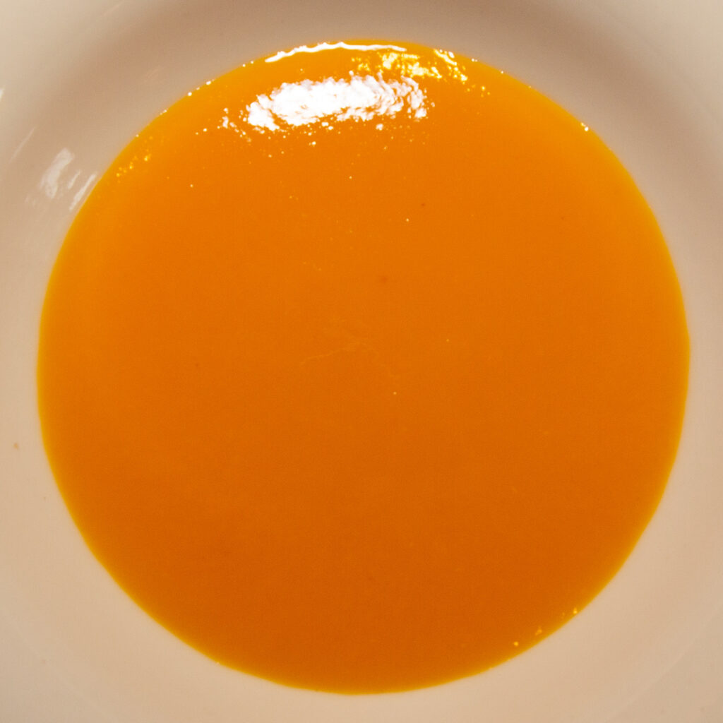 Ready-made mango puree varies greatly in sweetness depending on the brand.